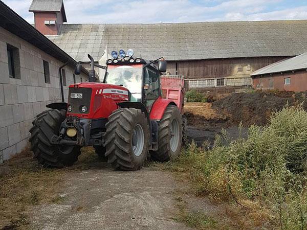 Massey Ferguson Mf 7499 - Traktor - Treaentreprenad AB